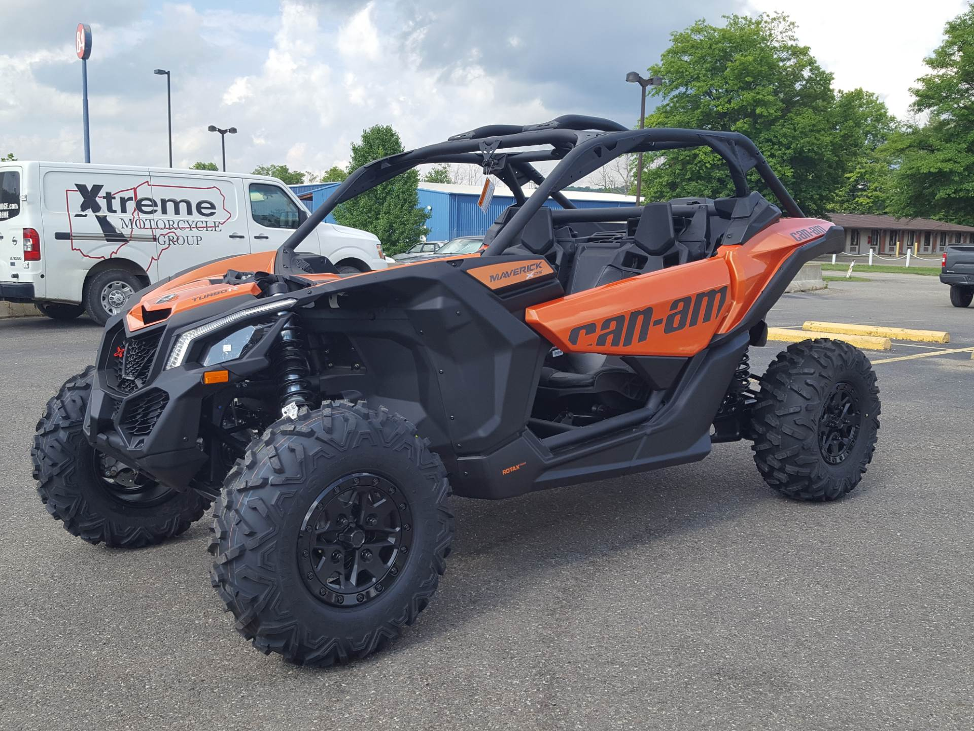 2019 Can-Am Maverick X3 X ds Turbo R in Cambridge, Ohio - Photo 2