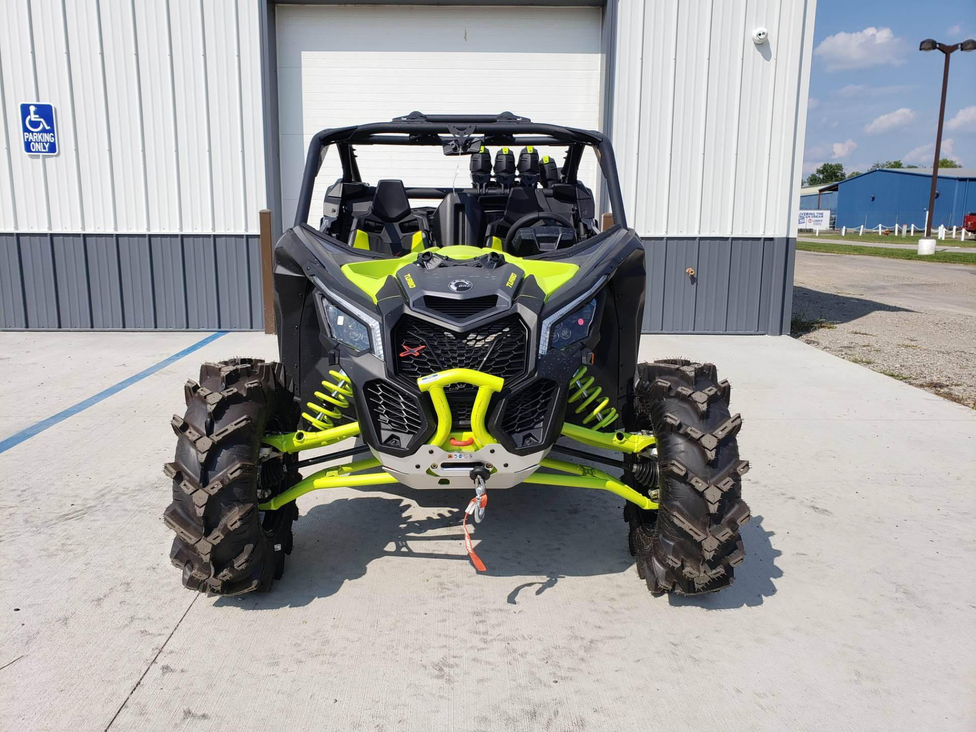 2020 Can-Am Maverick X3 X MR Turbo in Cambridge, Ohio - Photo 3