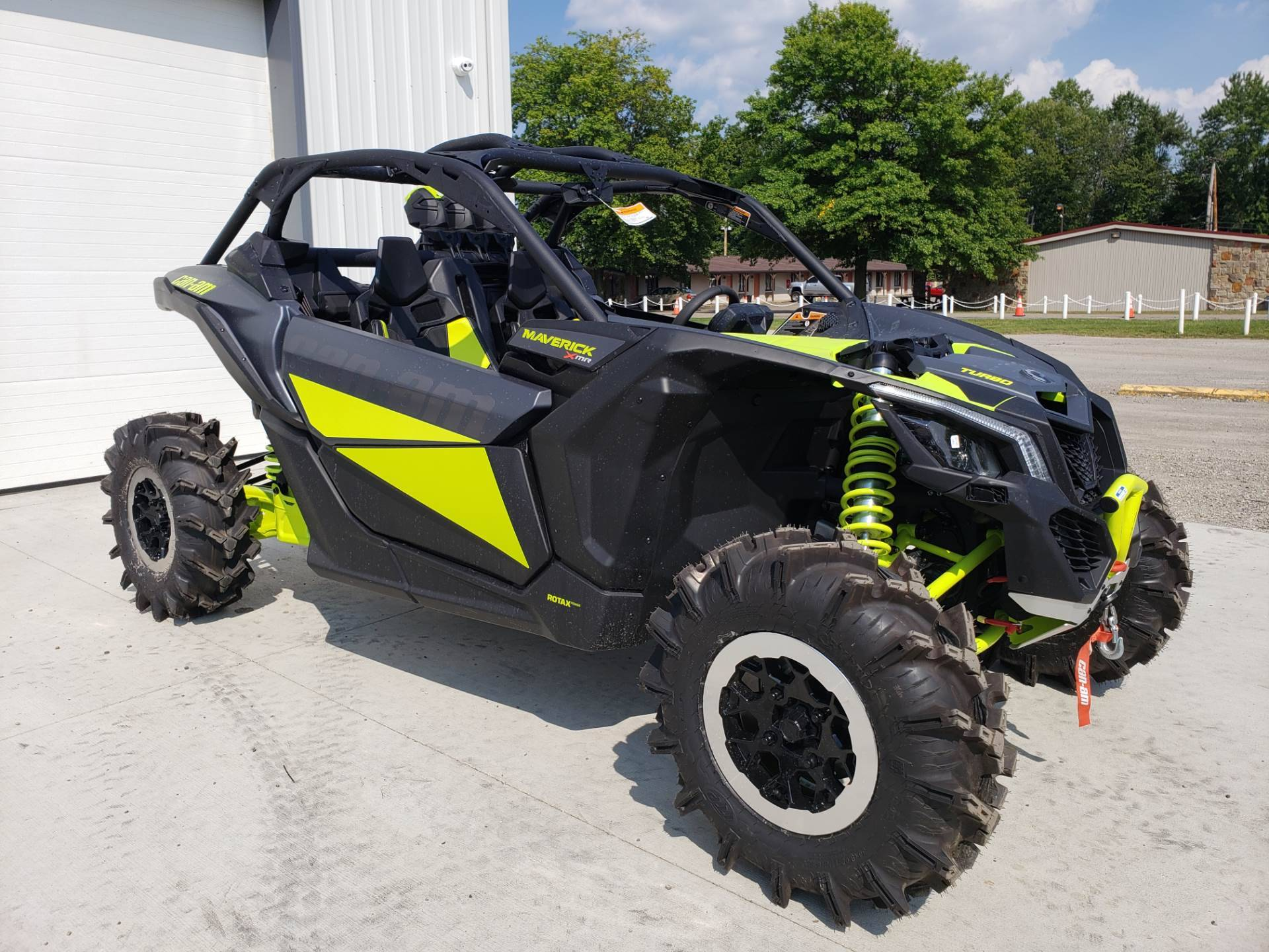 2020 Can-Am Maverick X3 X MR Turbo in Cambridge, Ohio - Photo 4