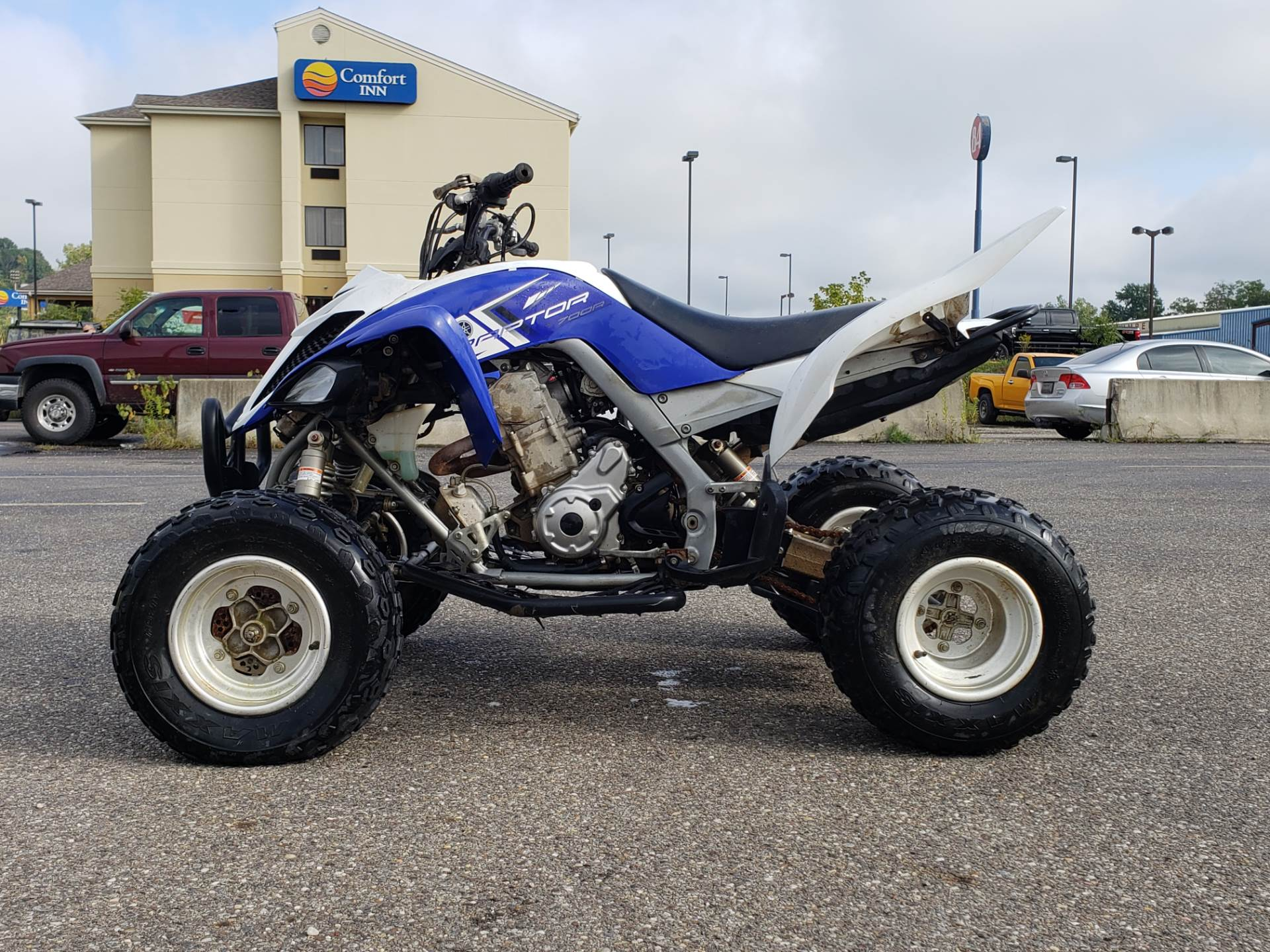 2013 Yamaha Raptor 700R 1