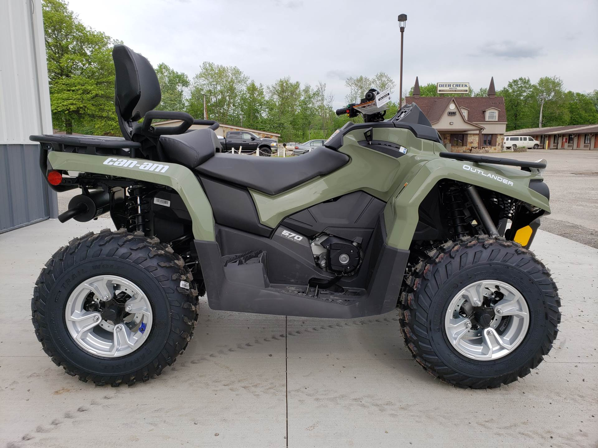 2019 Can-Am Outlander MAX DPS 570 in Cambridge, Ohio - Photo 5
