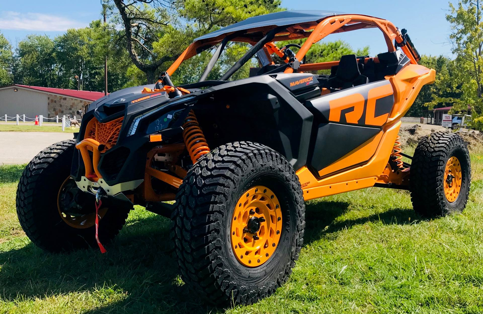 2020 Can-Am Maverick X3 X RC Turbo RR in Cambridge, Ohio - Photo 2