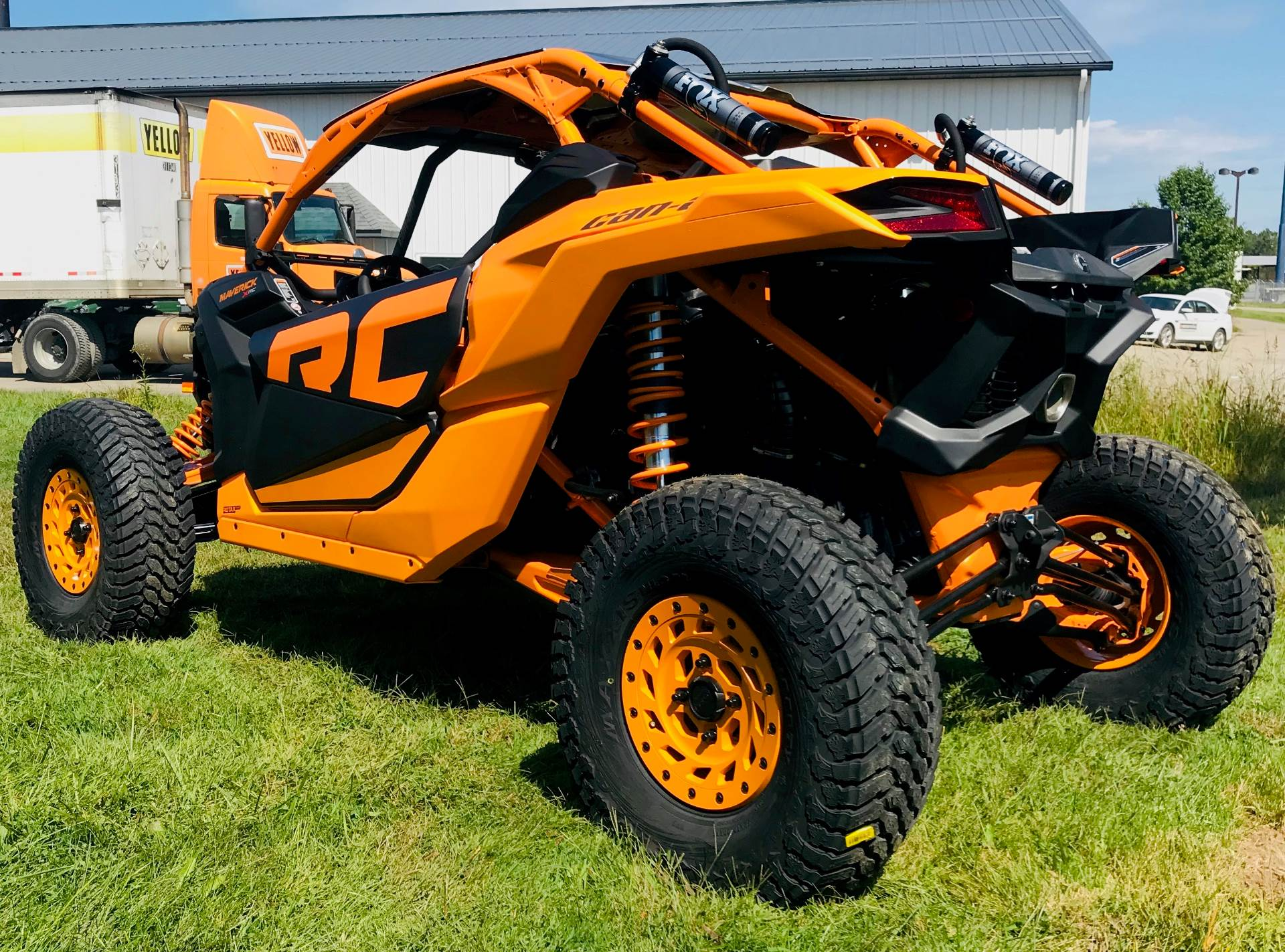 2020 Can-Am Maverick X3 X RC Turbo RR in Cambridge, Ohio - Photo 8