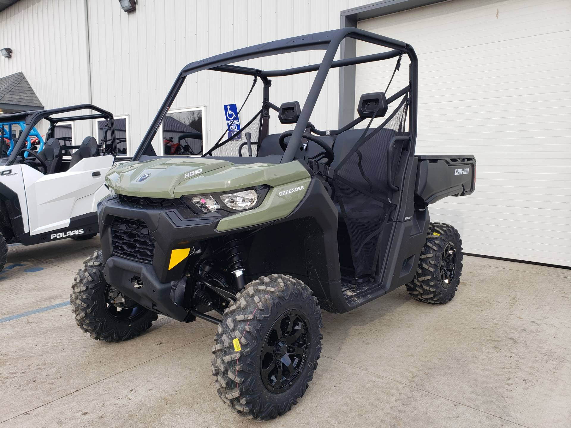 2020 Can-Am Defender DPS HD10 in Cambridge, Ohio - Photo 2