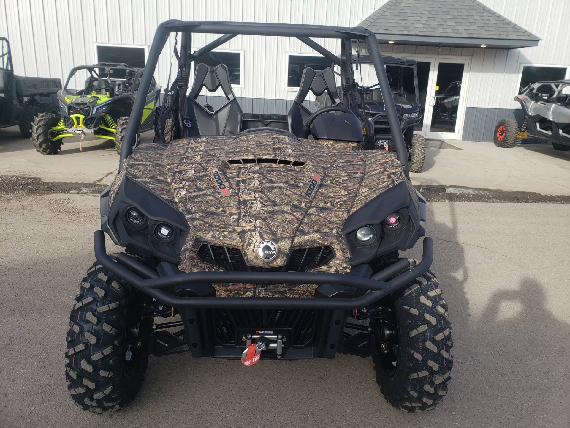 2020 Can-Am Commander XT 1000R in Cambridge, Ohio - Photo 3