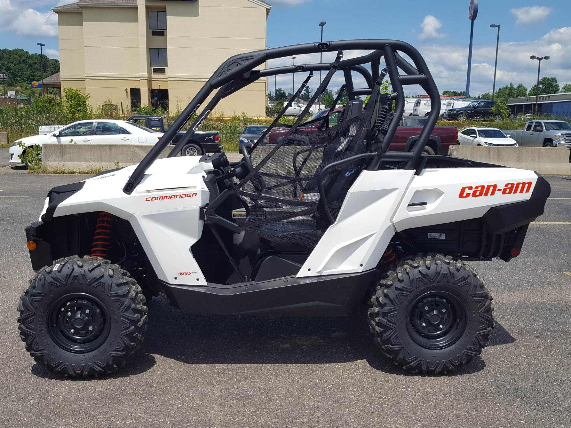2020 Can-Am Commander 800R in Cambridge, Ohio - Photo 1