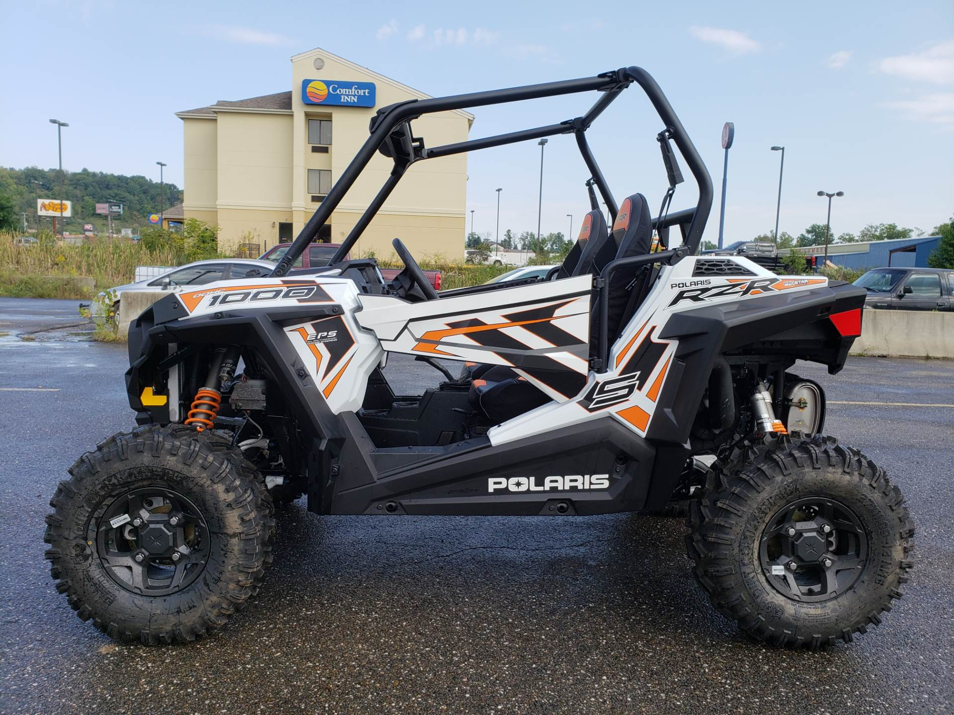2018 Polaris RZR S 1000 EPS in Cambridge, Ohio