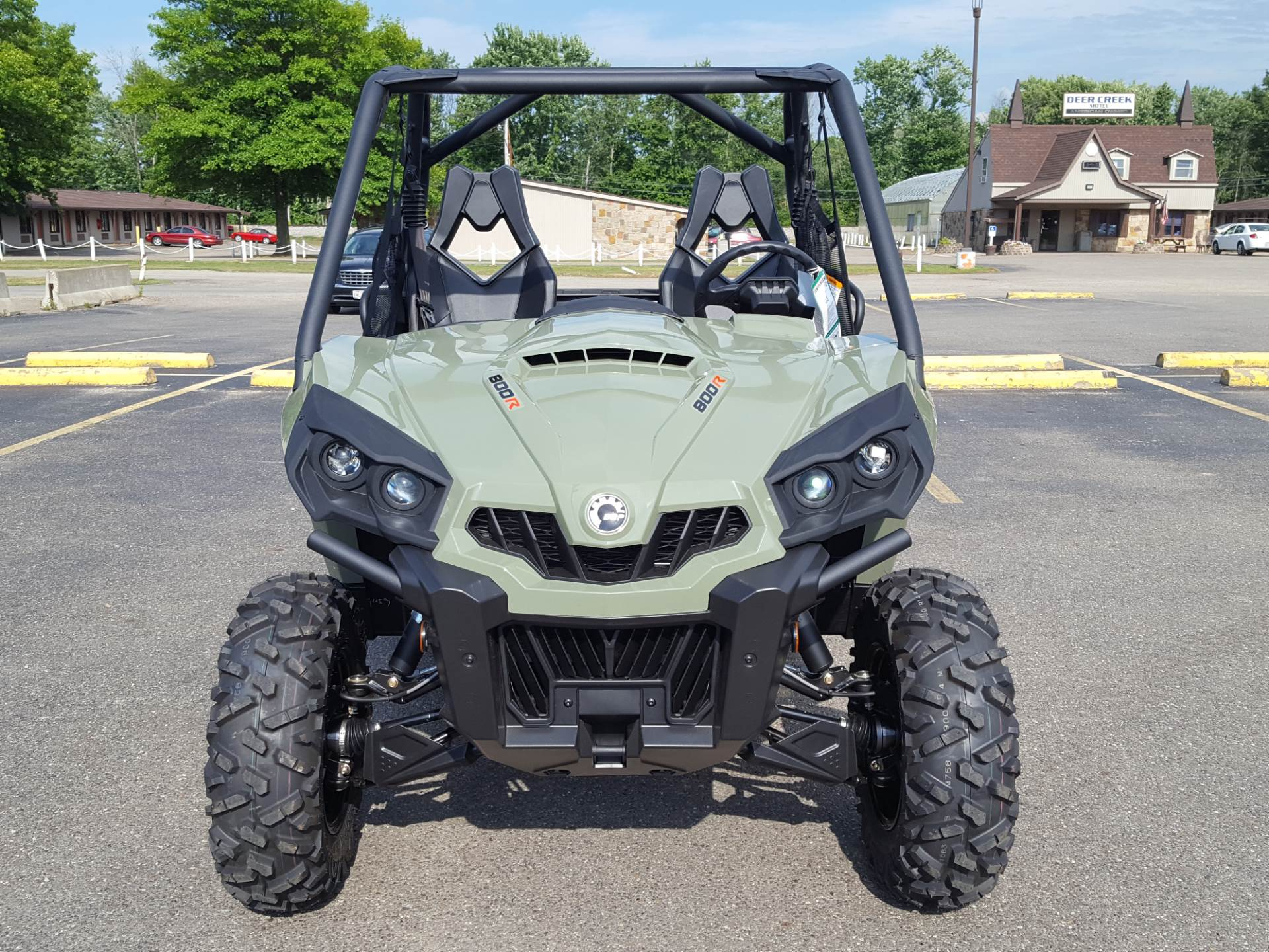 2020 Can-Am Commander DPS 800R in Cambridge, Ohio - Photo 2