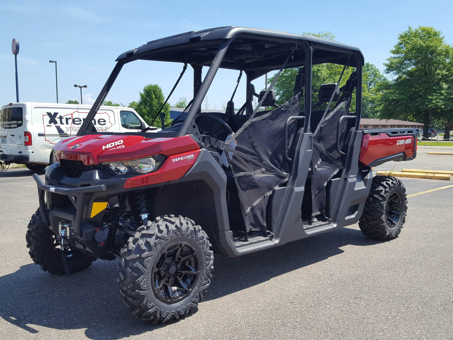2019 Can-Am Defender MAX XT HD10 in Cambridge, Ohio - Photo 2