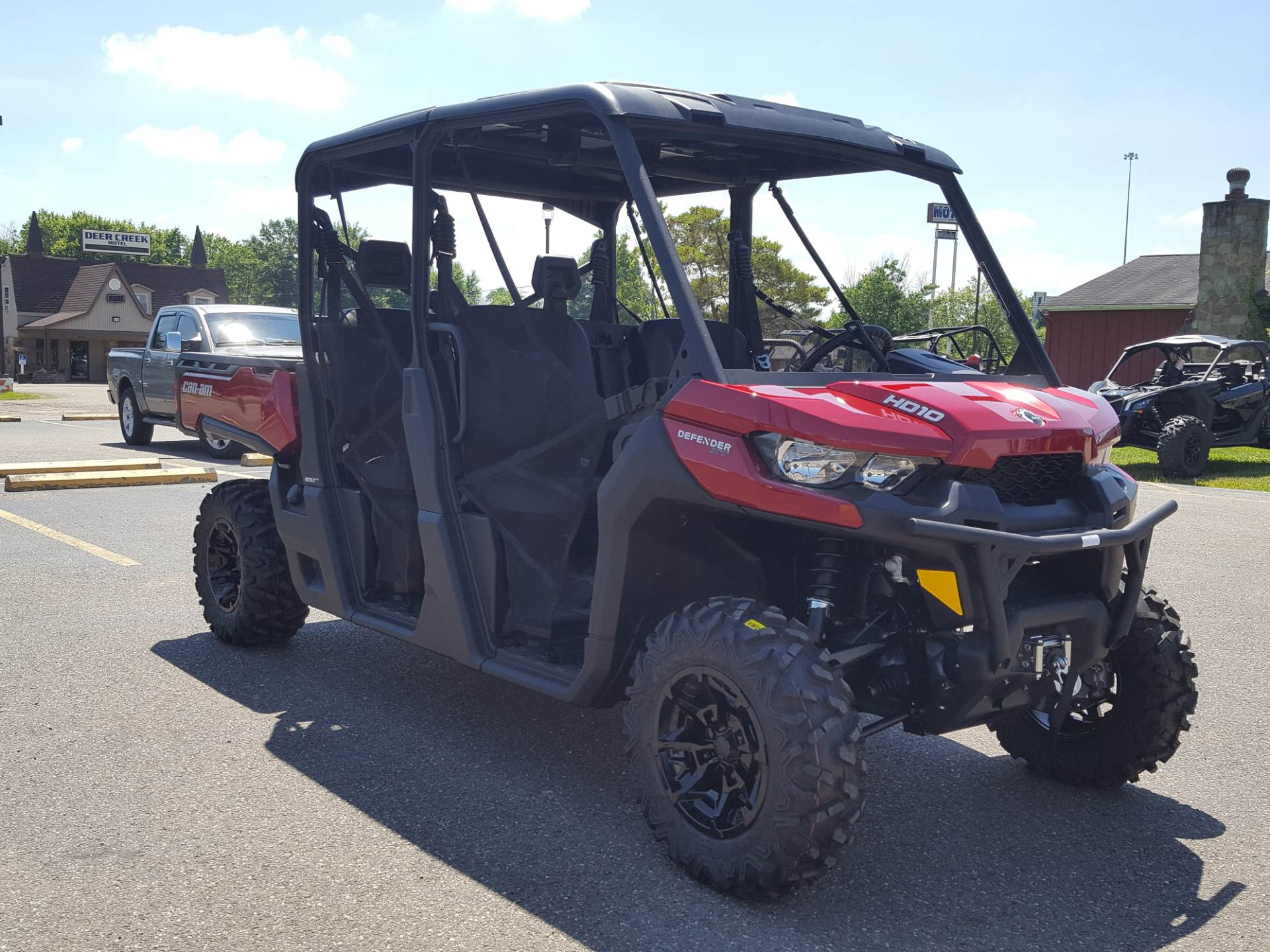 2019 Can-Am Defender MAX XT HD10 in Cambridge, Ohio