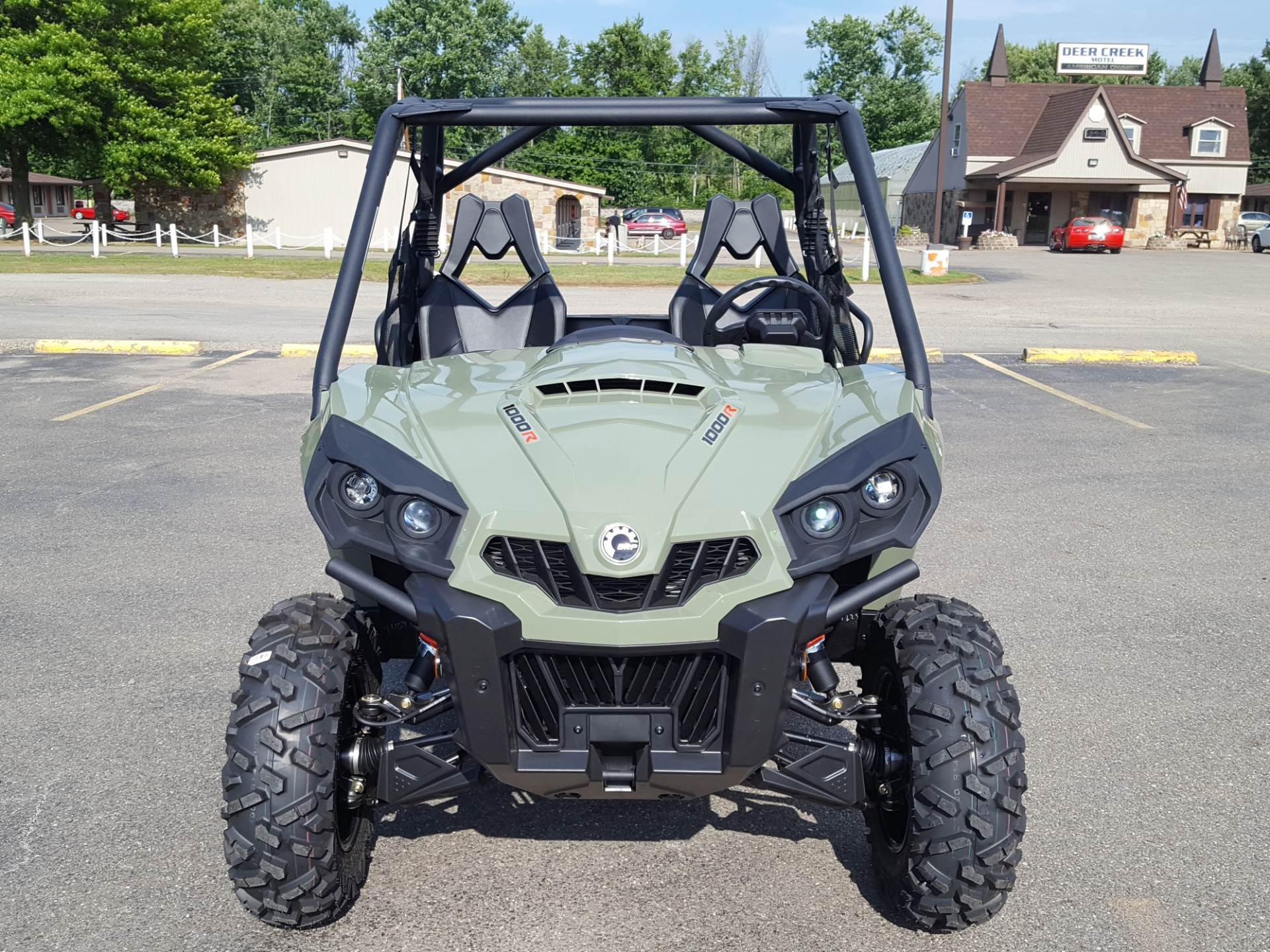 2019 Can-Am Commander DPS 1000R in Cambridge, Ohio - Photo 3