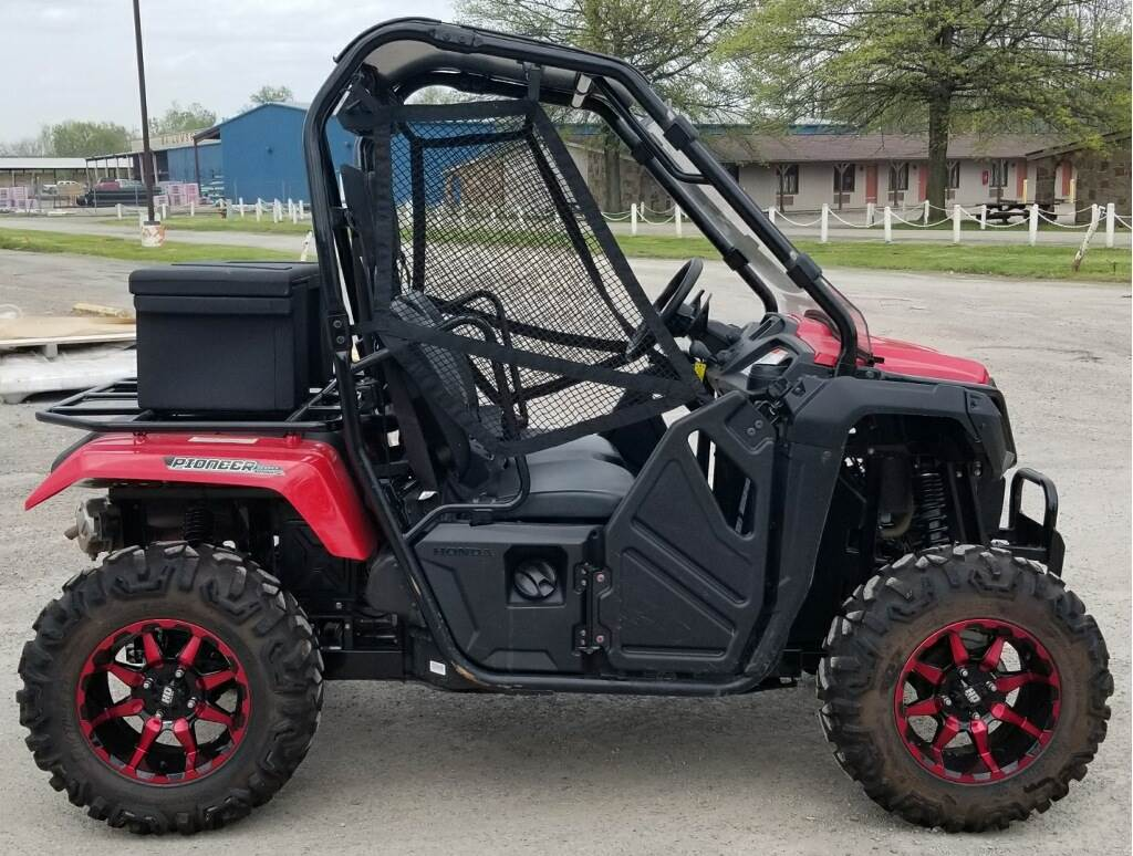 2017 Honda Pioneer 500 in Cambridge, Ohio - Photo 4