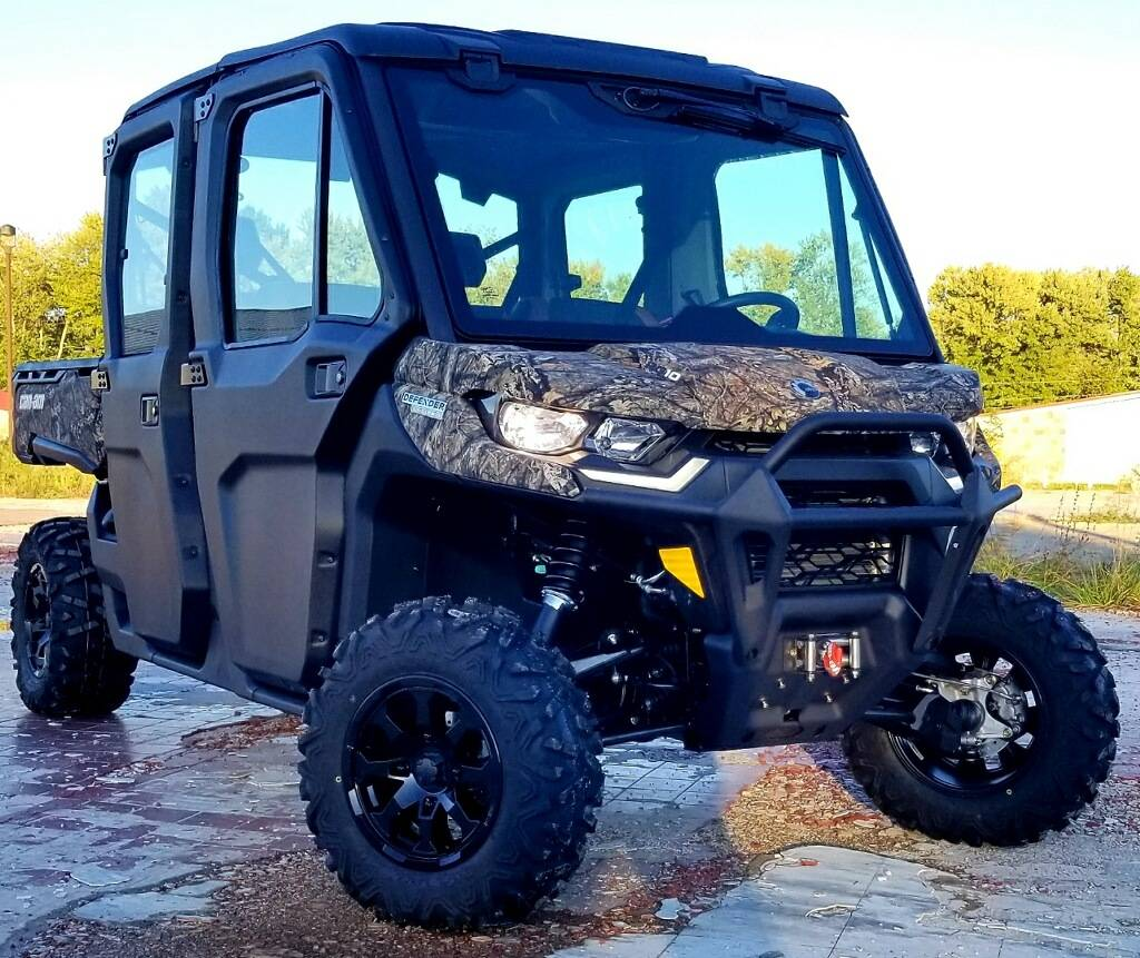 2021 Can-Am Defender Max Limited HD10 in Cambridge, Ohio - Photo 3