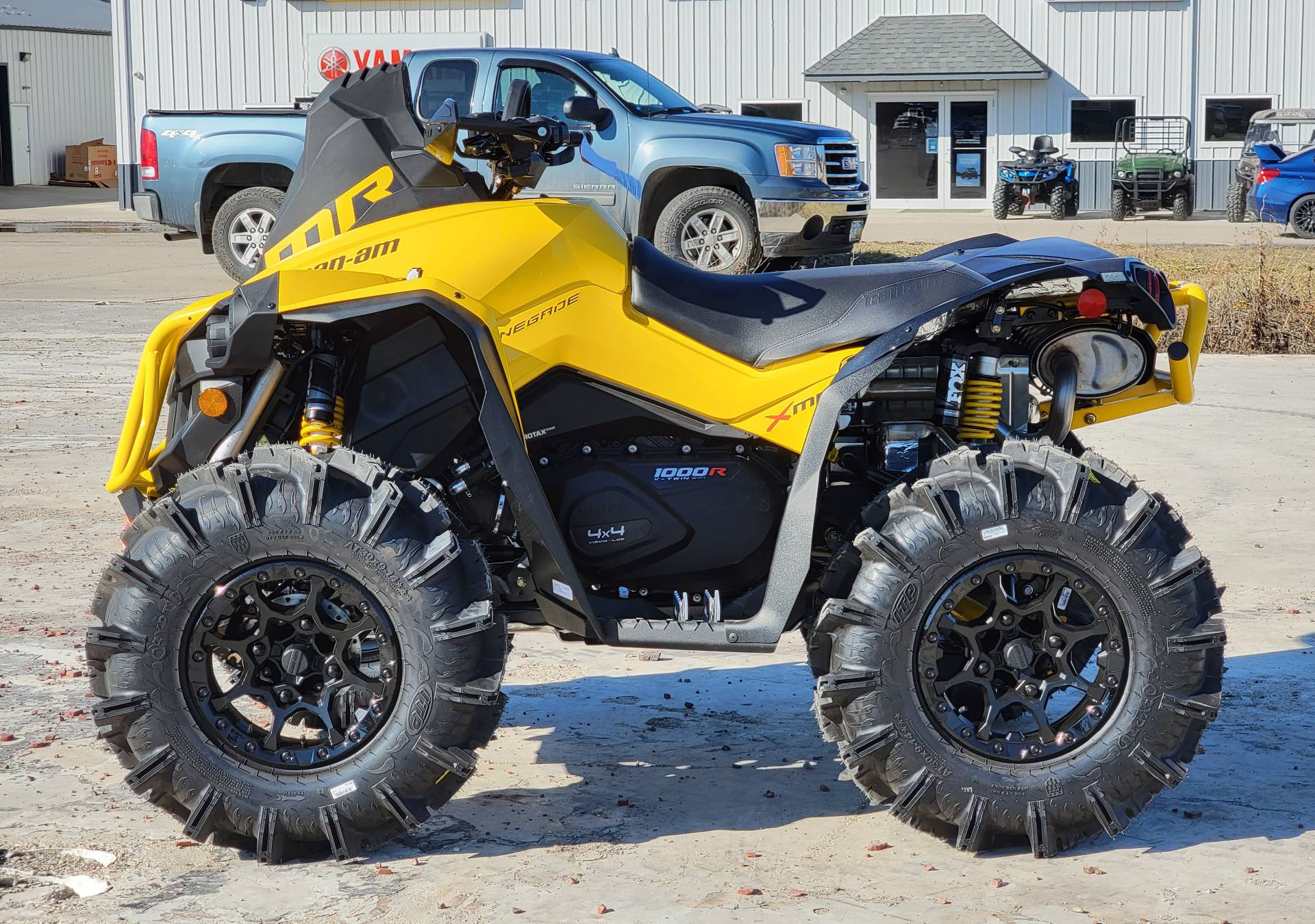 2021 Can-Am Renegade X MR 1000R with Visco-4Lok in Cambridge, Ohio - Photo 6
