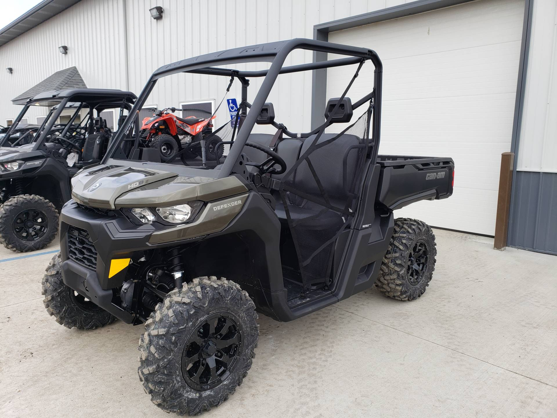 2020 Can-Am Defender DPS HD8 in Cambridge, Ohio - Photo 2