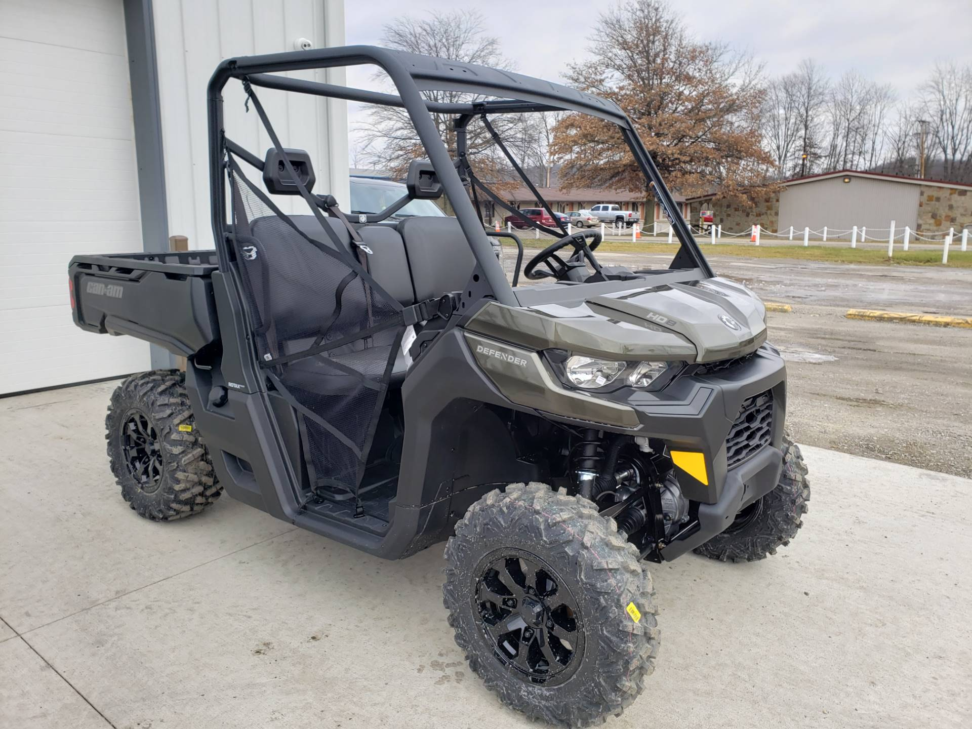 2020 Can-Am Defender DPS HD8 in Cambridge, Ohio - Photo 4