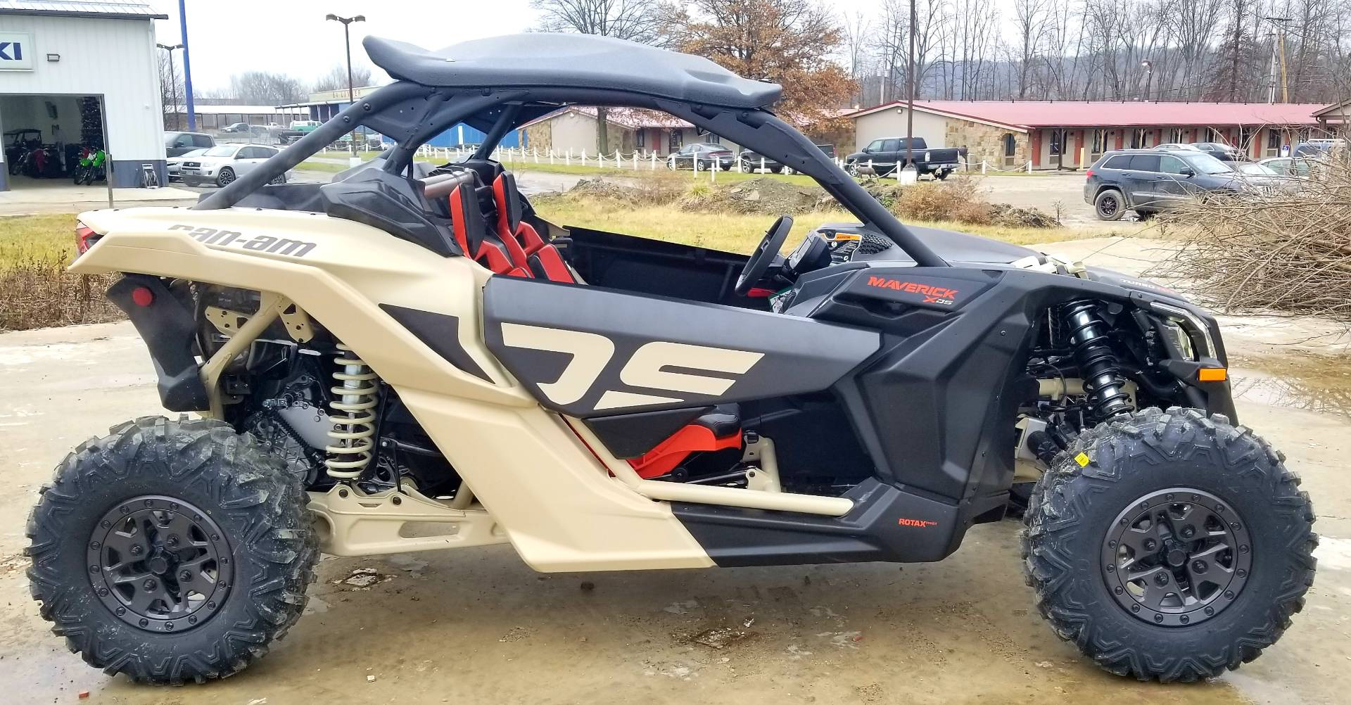 2021 Can-Am Maverick X3 X RS Turbo RR in Cambridge, Ohio - Photo 3
