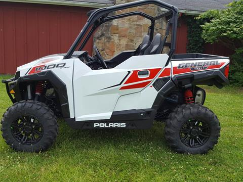 2017 Polaris General 1000 EPS in Cambridge, Ohio