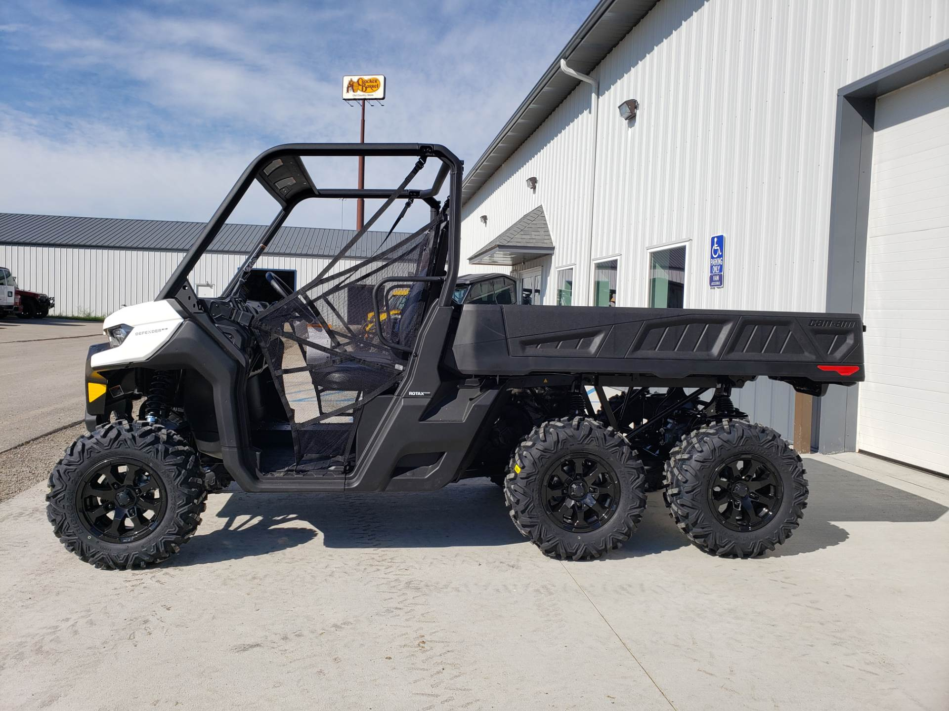 2020 Can-Am Defender 6x6 DPS HD10 in Cambridge, Ohio - Photo 1
