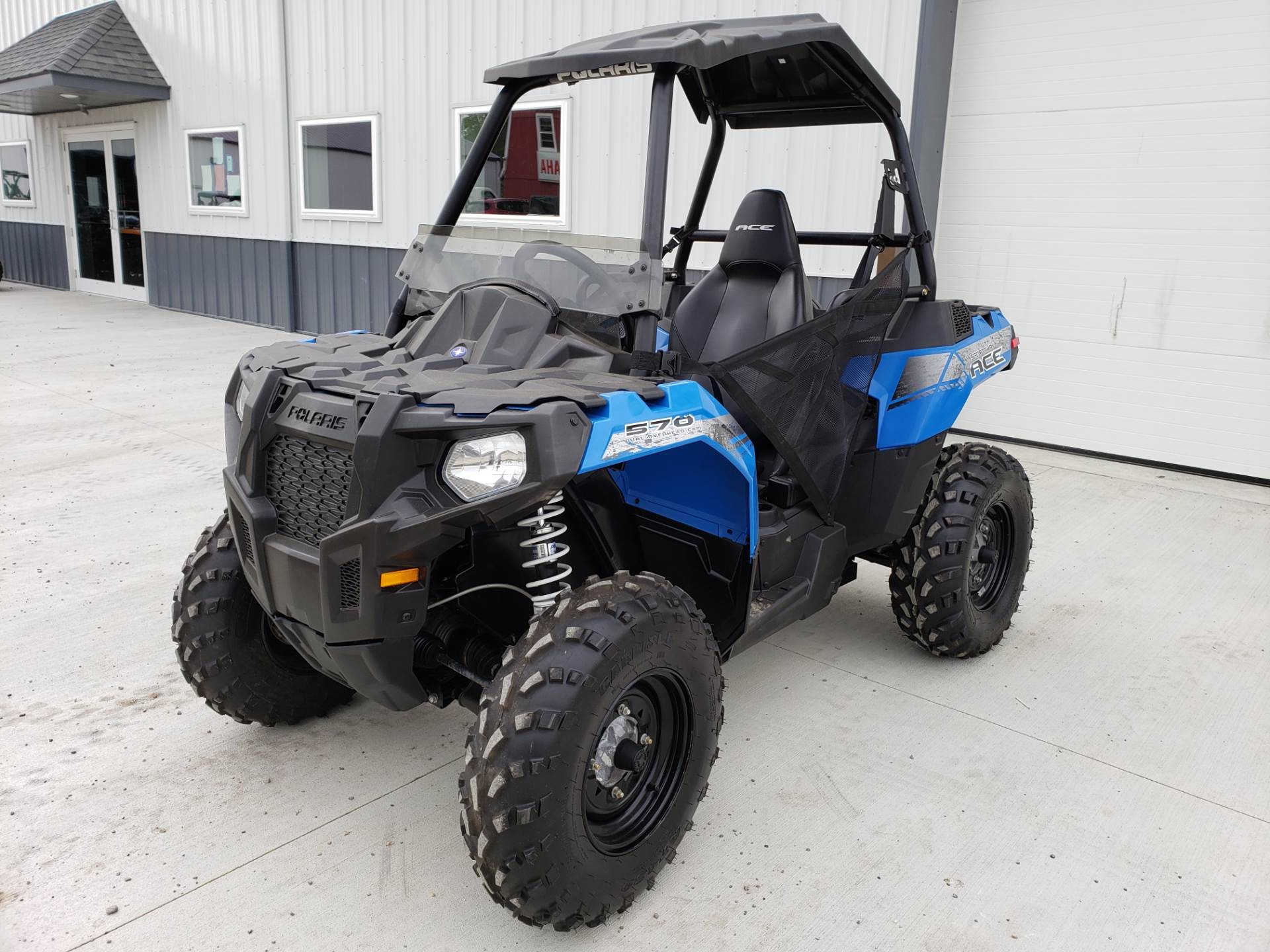 2015 Polaris ACE™ 570 in Cambridge, Ohio - Photo 2