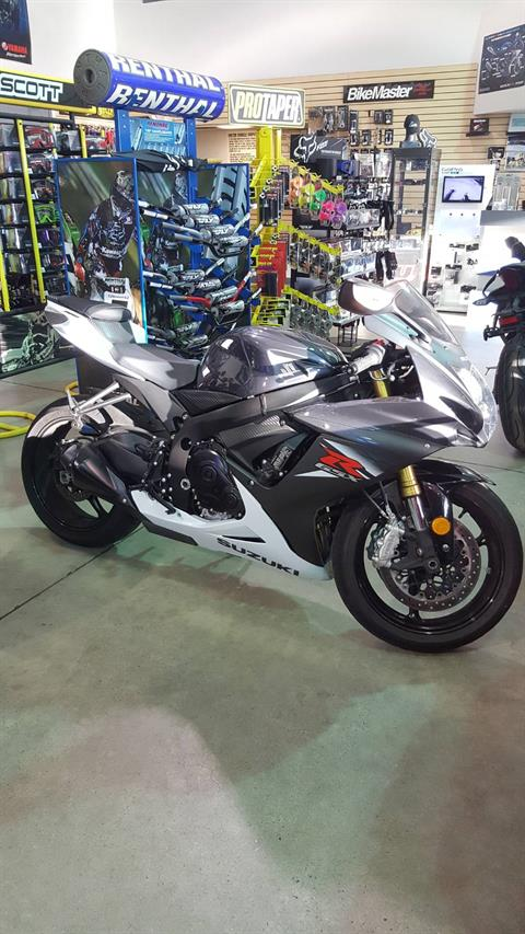 2015 Suzuki GSX-R750 in Danbury, Connecticut