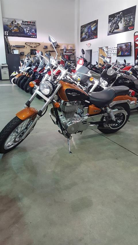 2013 Suzuki Boulevard S40 in Danbury, Connecticut
