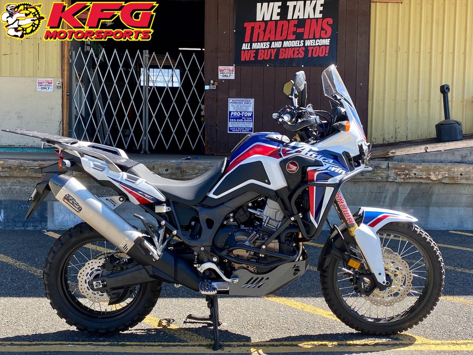 2017 Honda Africa Twin DCT in Auburn, Washington - Photo 1