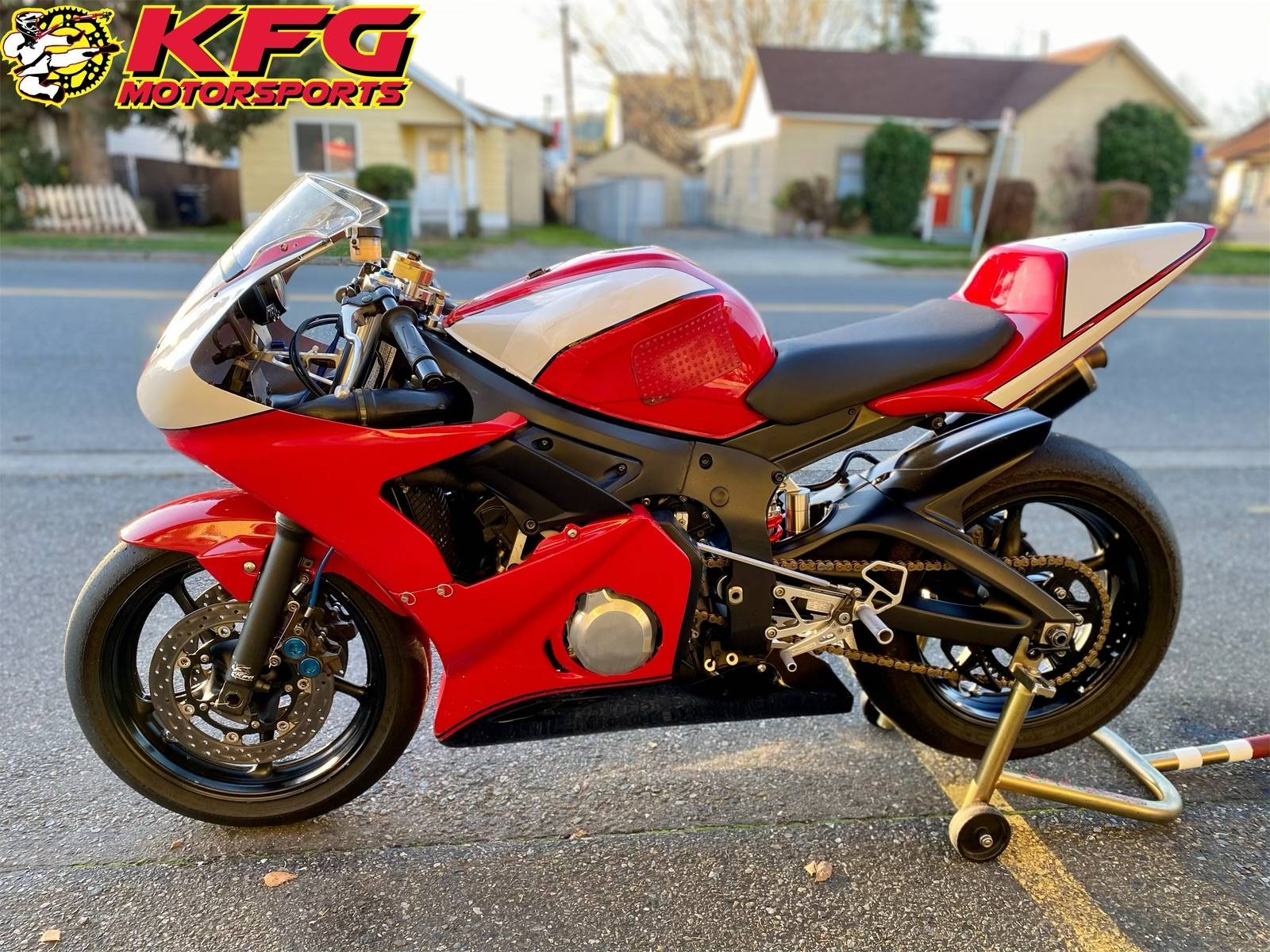 2003 Yamaha YZF-R6 in Auburn, Washington - Photo 2