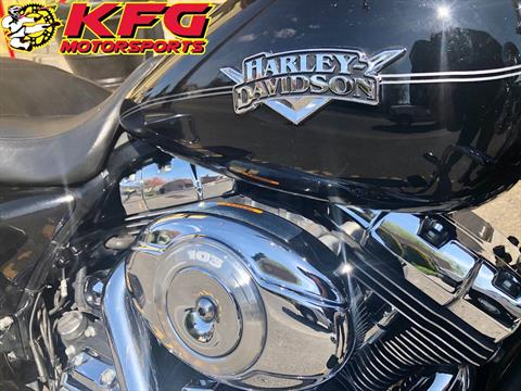 2012 Harley-Davidson Road King® Classic in Auburn, Washington - Photo 5