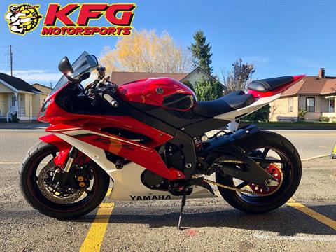 2013 Yamaha YZF-R6 in Auburn, Washington - Photo 2
