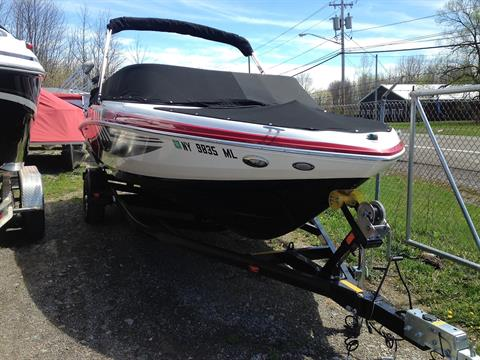 2015 Regal 2000 ESX Bowrider in Bridgeport, New York