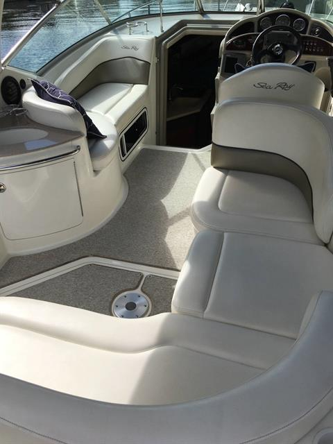 2005 Sea Ray 260 Sundancer in Bridgeport, New York - Photo 2