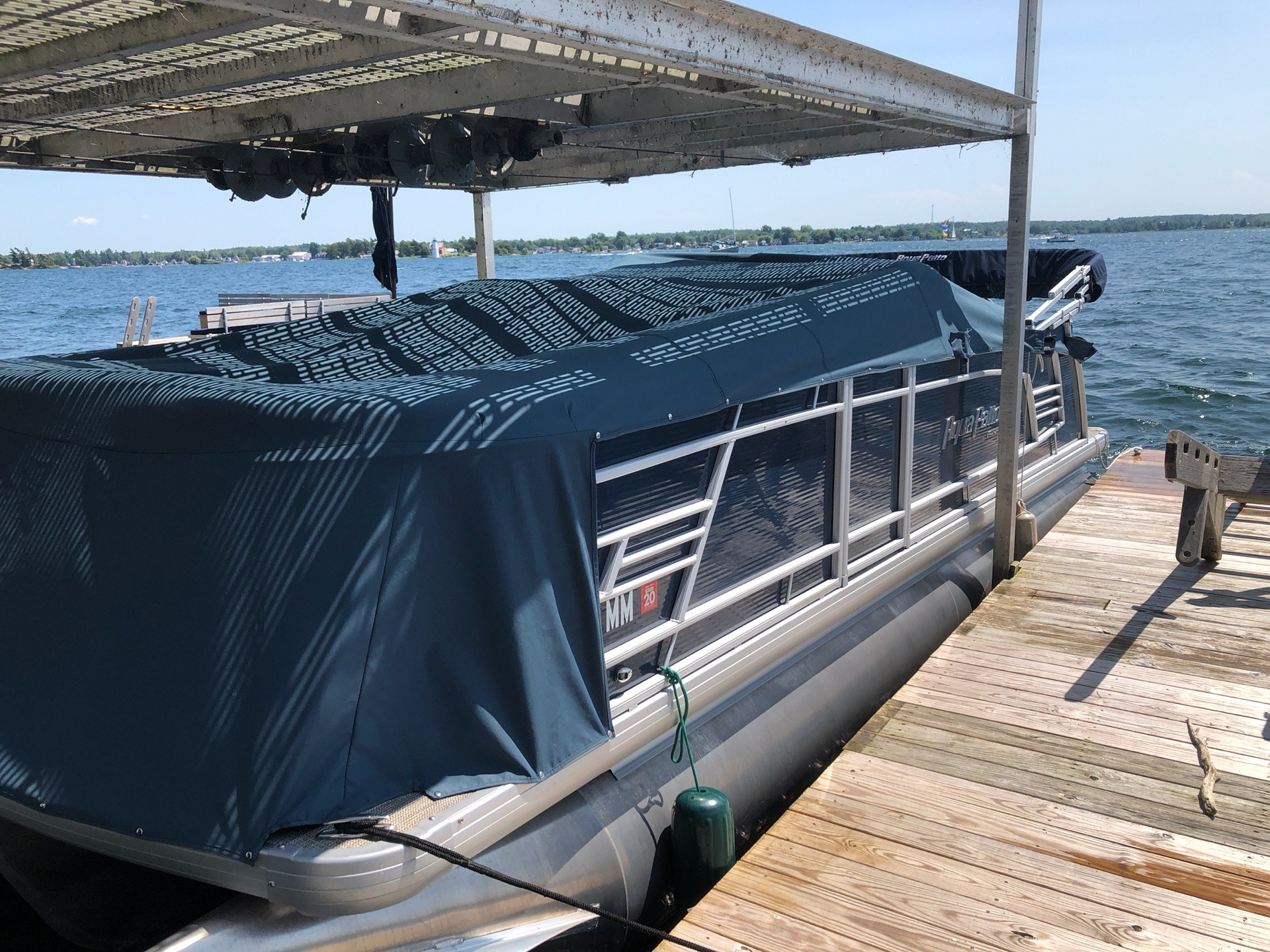 2017 AquaPatio 235 UL in Bridgeport, New York - Photo 4