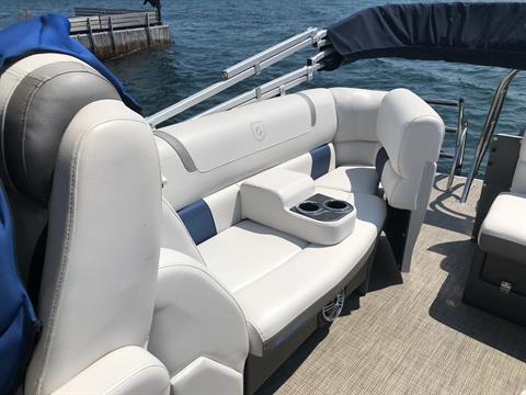 2017 AquaPatio 235 UL in Bridgeport, New York - Photo 8