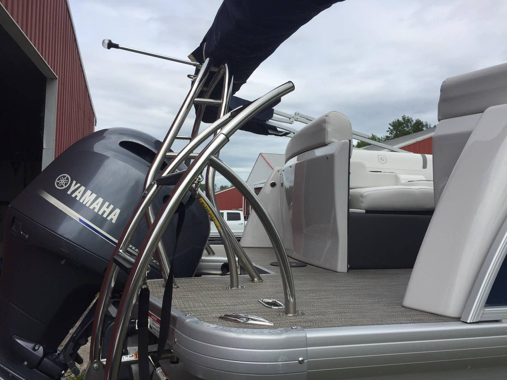 2017 AquaPatio 235 UL in Bridgeport, New York - Photo 13