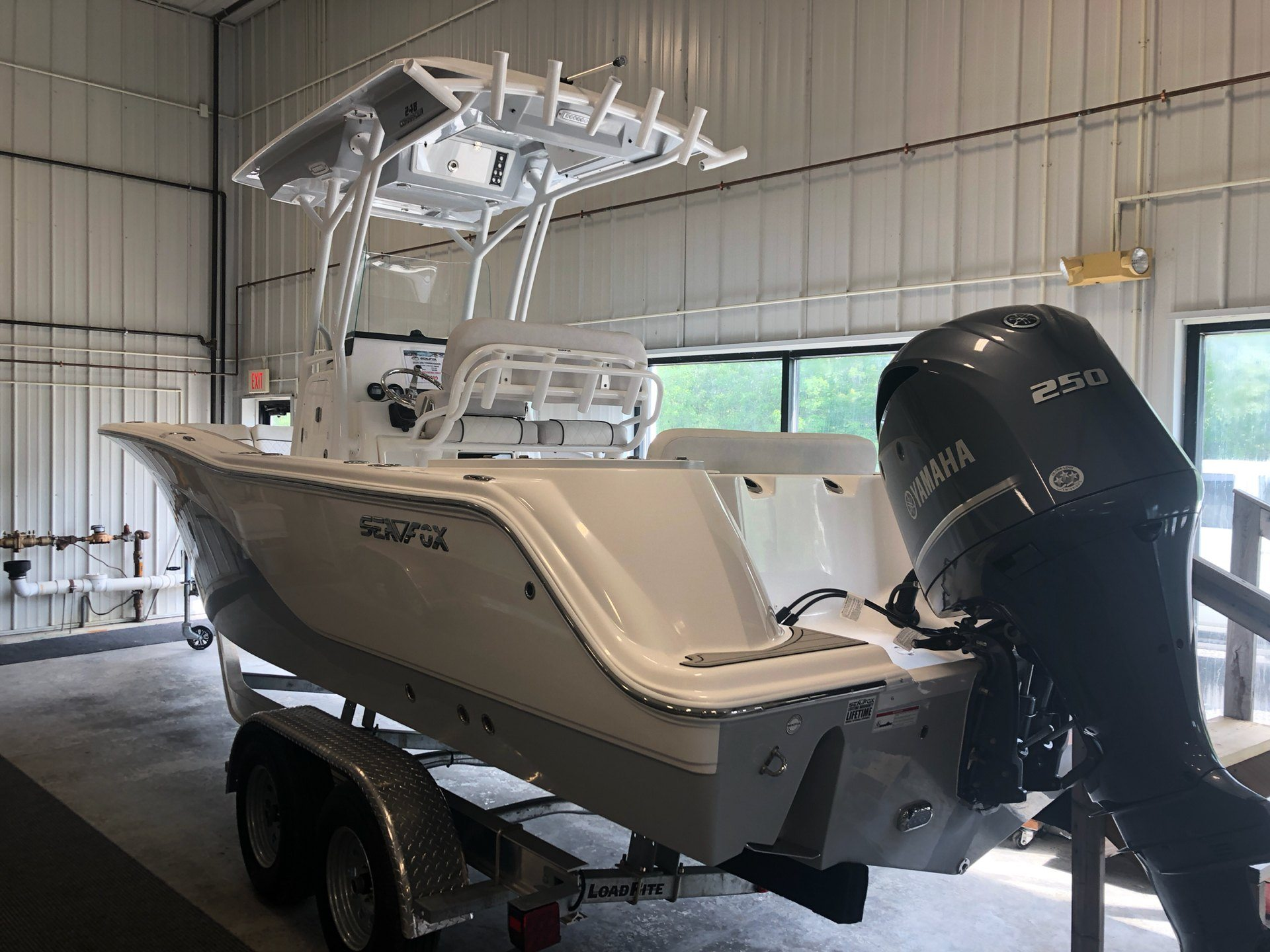 2019 Sea Fox 248 Commander in Bridgeport, New York - Photo 2