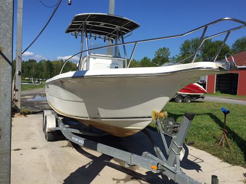 2004 Sea Fox 230 Center Console in Bridgeport, New York