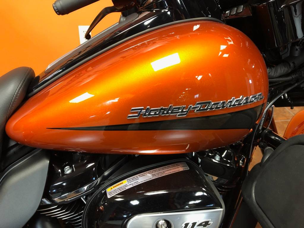 2020 Harley-Davidson Ultra Limited in Delano, Minnesota - Photo 2
