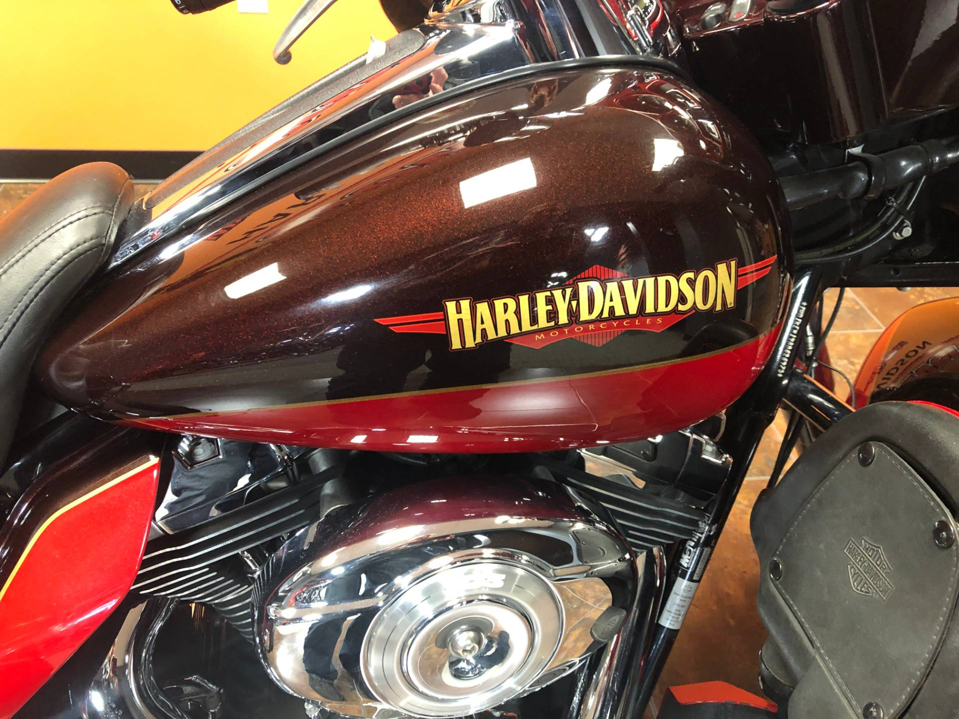 2010 Harley-Davidson Electra Glide® Ultra Limited in Delano, Minnesota - Photo 2