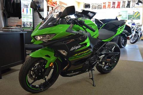 2018 Kawasaki Ninja 400 KRT Edition in Clearwater, Florida