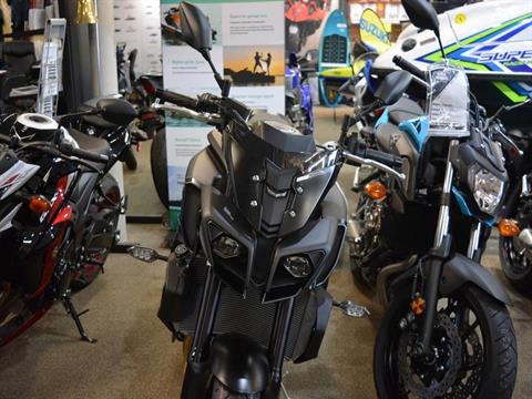 2020 Yamaha MT-10 in Clearwater, Florida - Photo 10