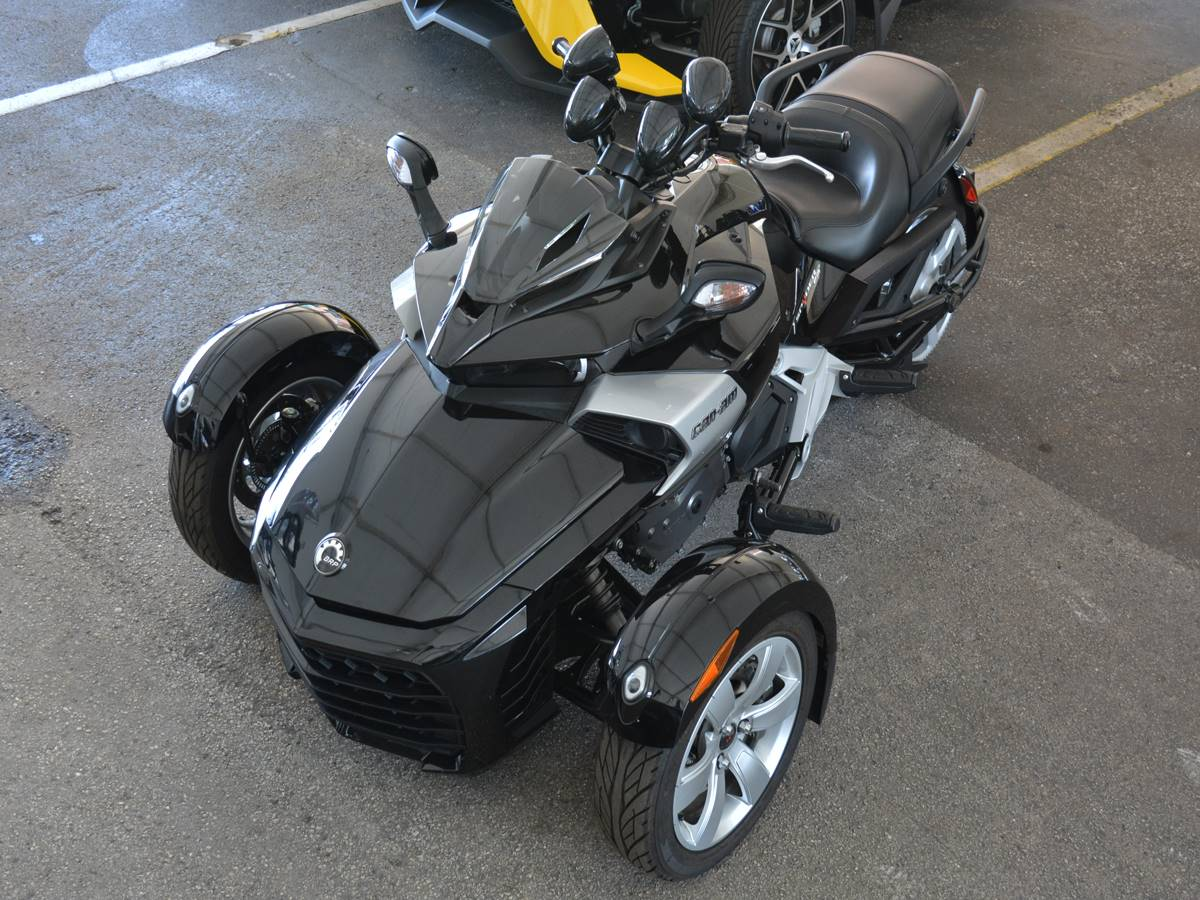 2015 Can-Am Spyder® F3-S SE6 in Clearwater, Florida - Photo 2
