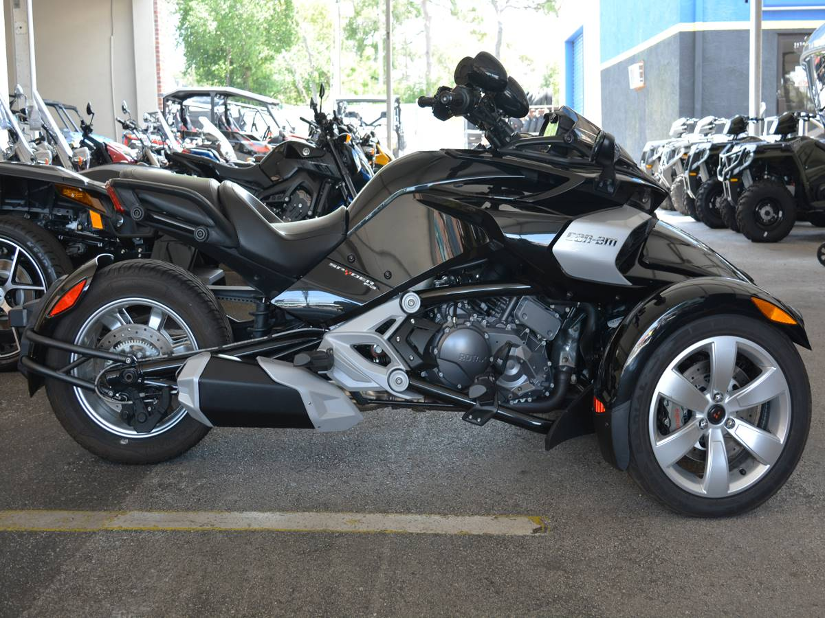 2015 Can-Am Spyder® F3-S SE6 in Clearwater, Florida - Photo 4