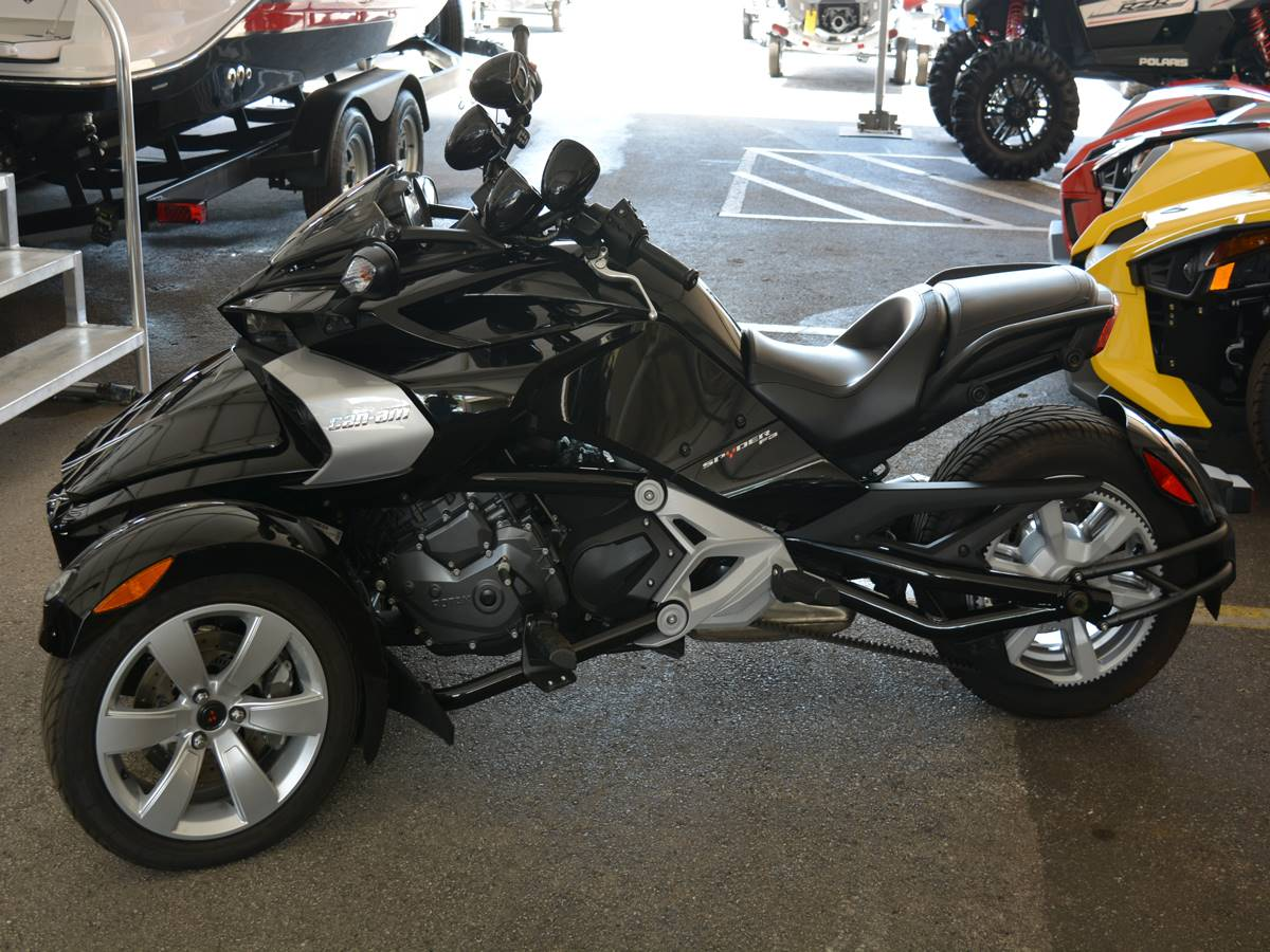 2015 Can-Am Spyder® F3-S SE6 in Clearwater, Florida - Photo 5
