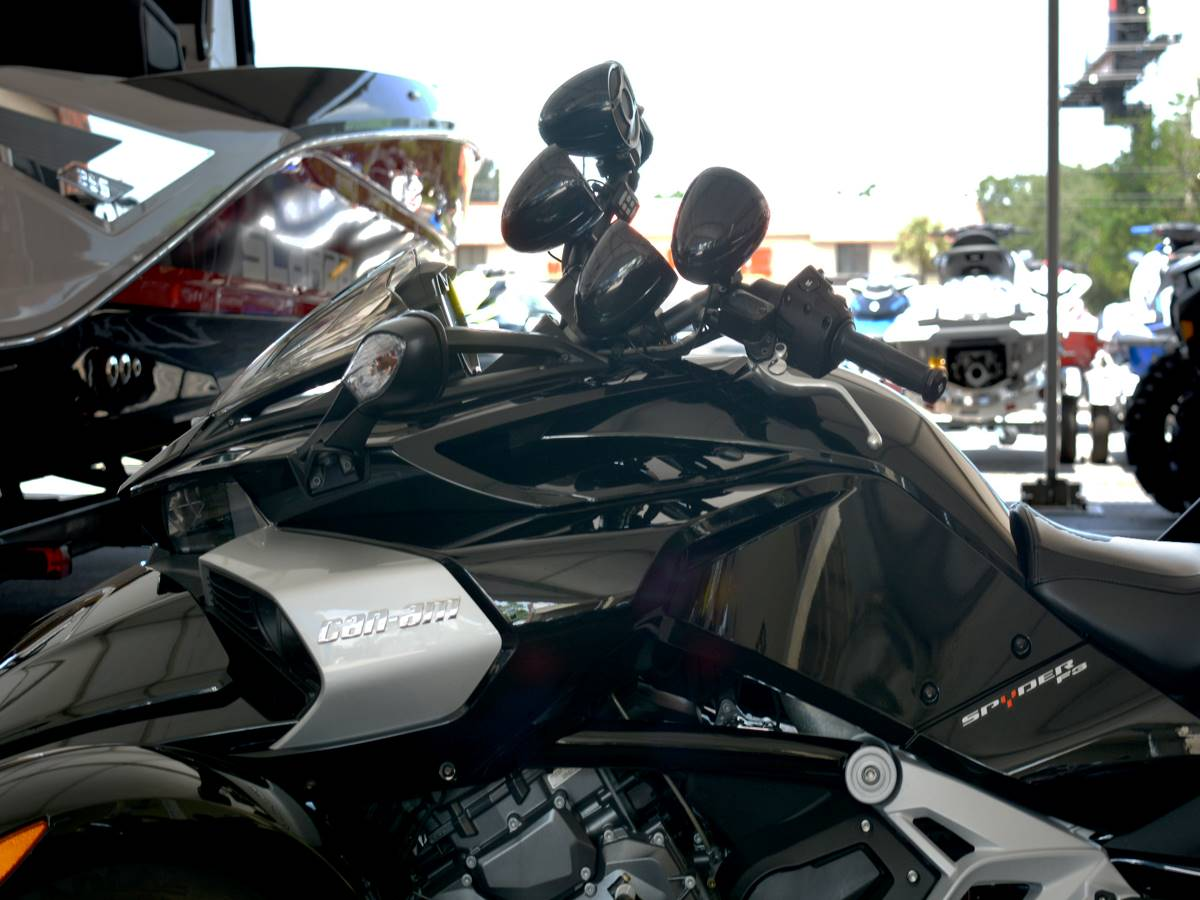 2015 Can-Am Spyder® F3-S SE6 in Clearwater, Florida - Photo 7