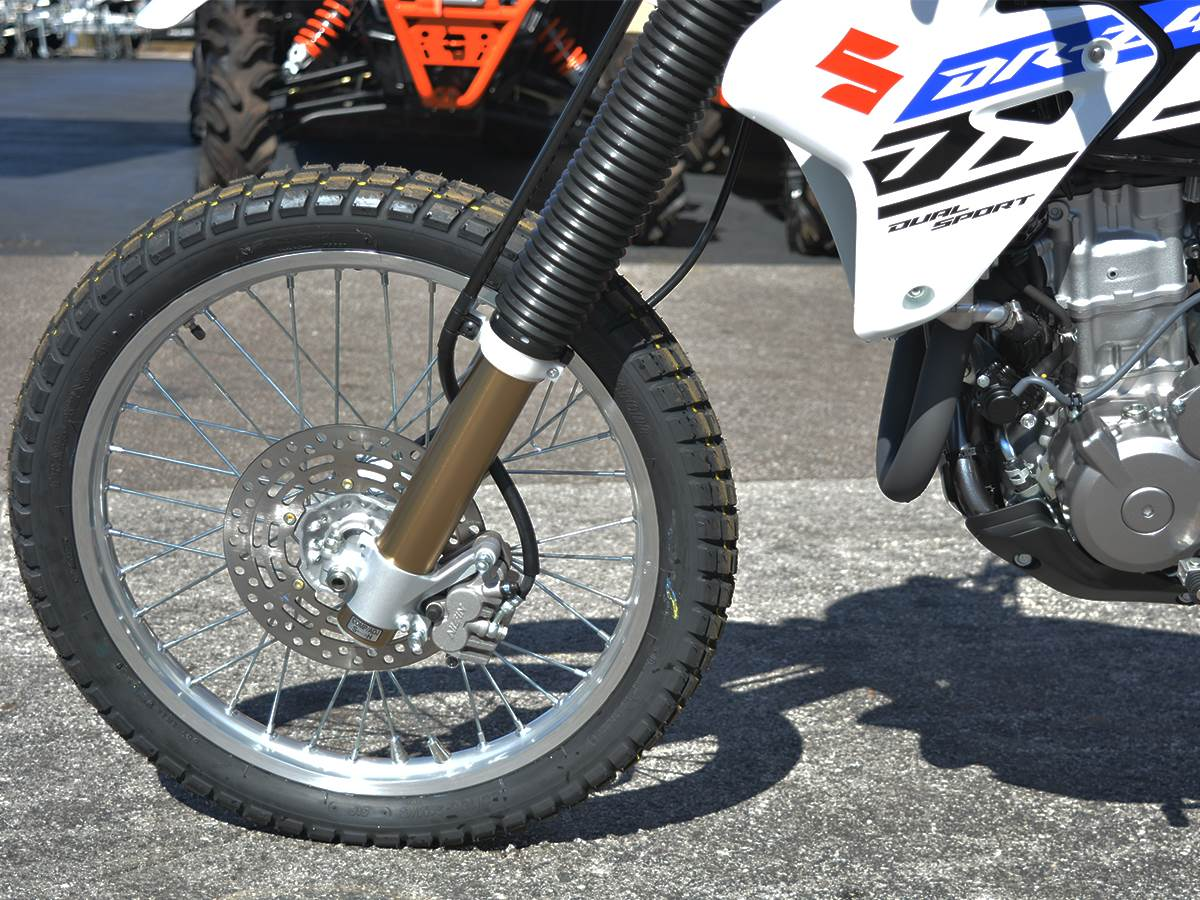 2019 Suzuki DR-Z400S in Clearwater, Florida - Photo 6