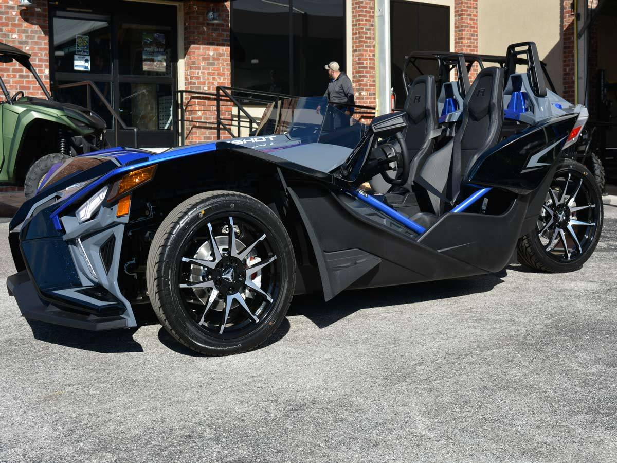 2021 Slingshot R AutoDrive in Clearwater, Florida - Photo 16