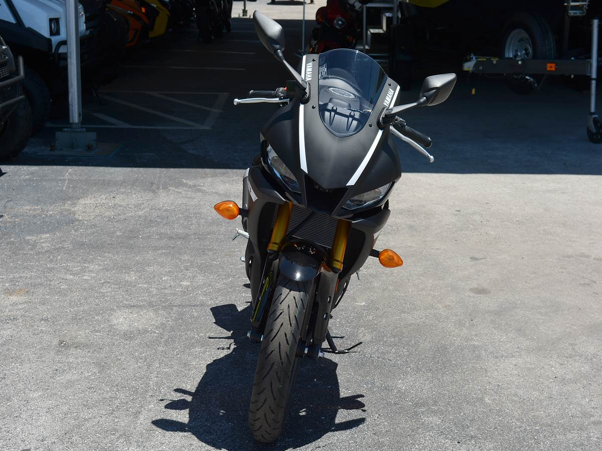 2019 Yamaha YZF-R3 in Clearwater, Florida - Photo 6