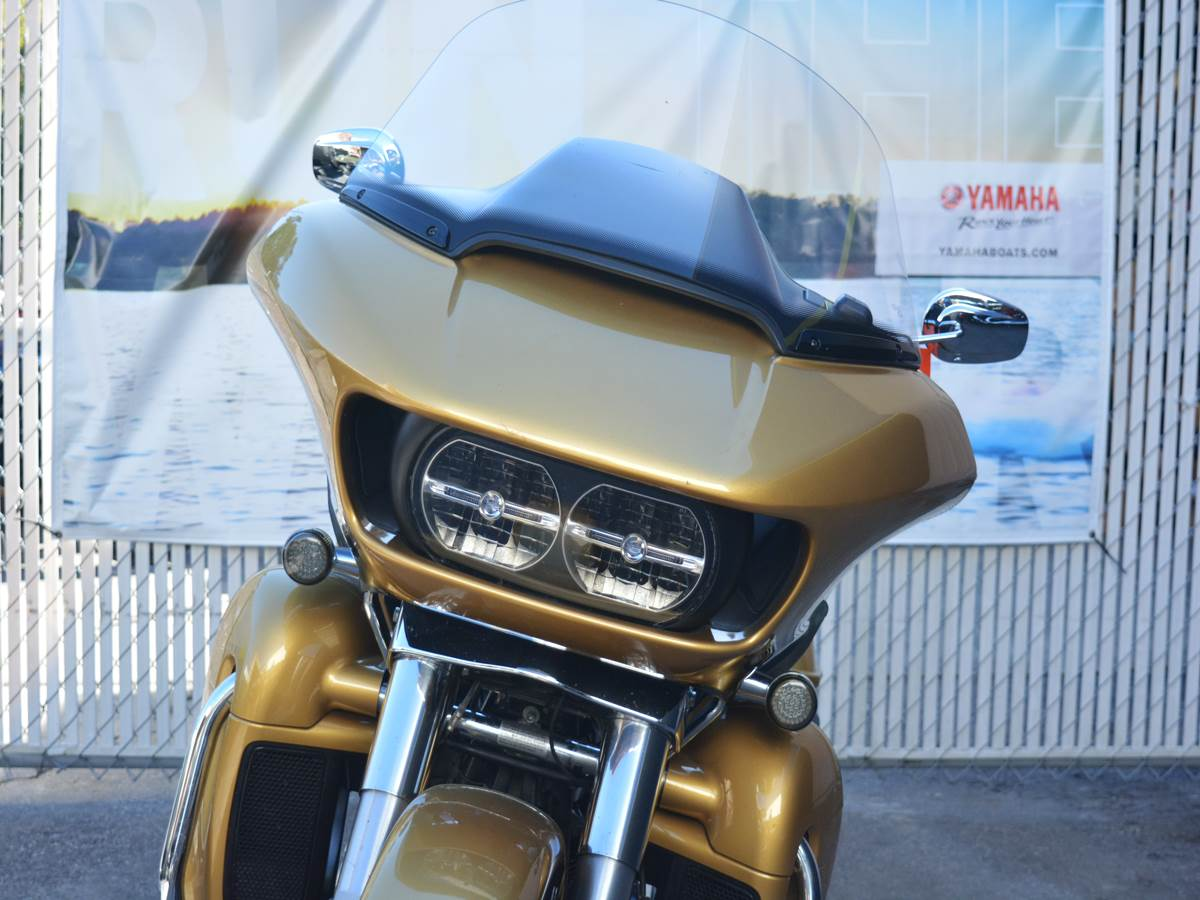 2017 Harley-Davidson Road Glide® Ultra in Clearwater, Florida - Photo 14