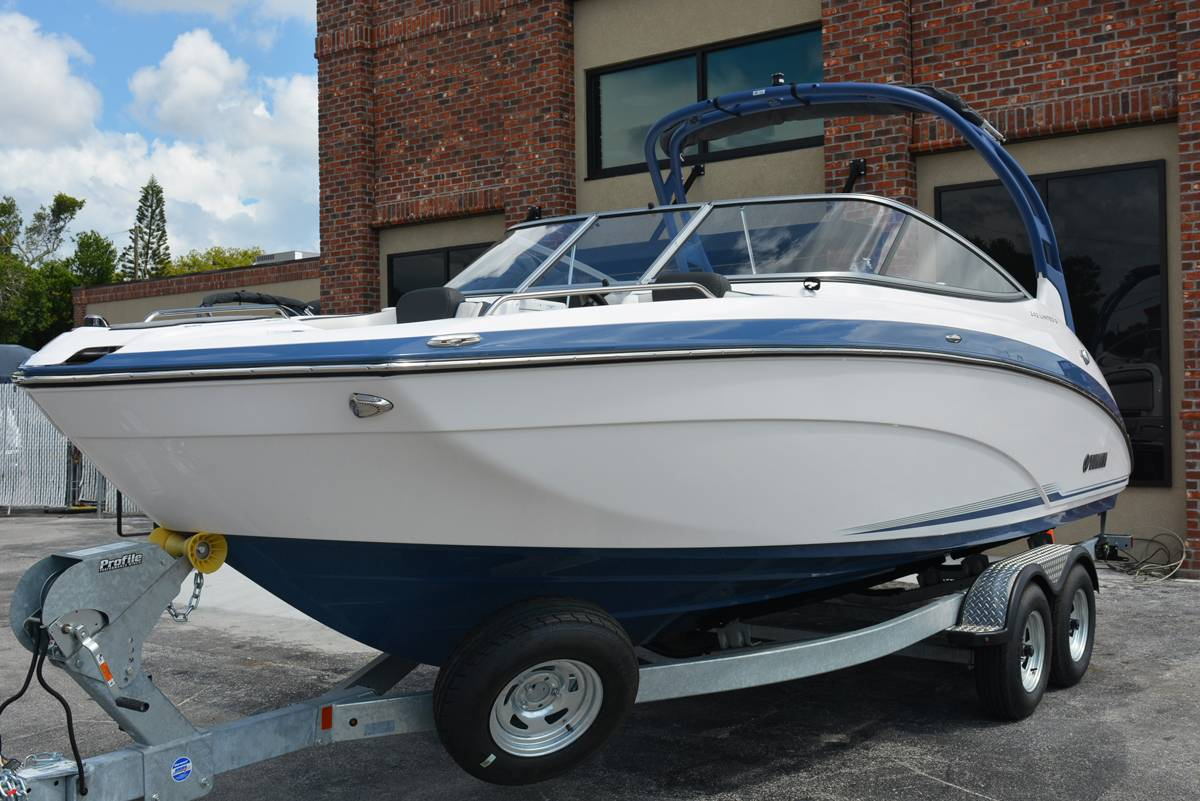 2018 Yamaha 242 Limited S in Clearwater, Florida